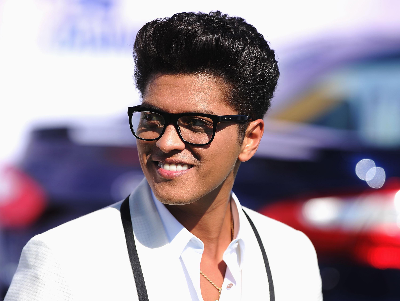 Bruno Mars_live